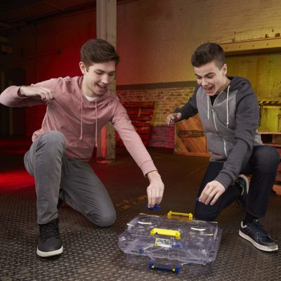 toupie beyblade arene double surface